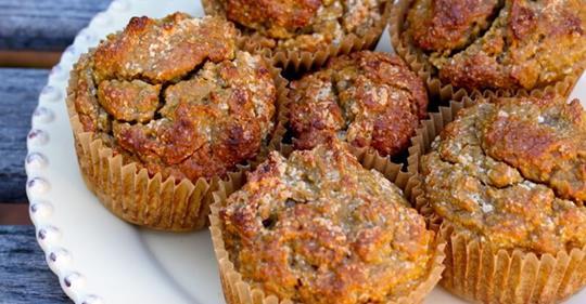 Противовоспалительные кексы из кокоса и сладкого картофеля с имбирем, куркумой, корицей и кленовым сиропом